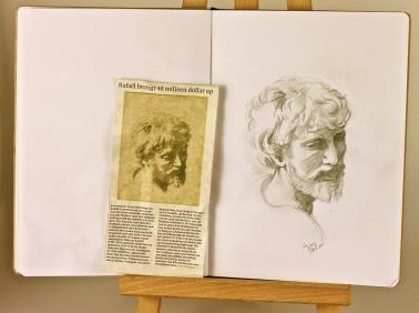 Studying Raphael's Apostel. Paula Kuitenbrouwer